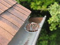 Copper Wire Strainer - Action Shot
