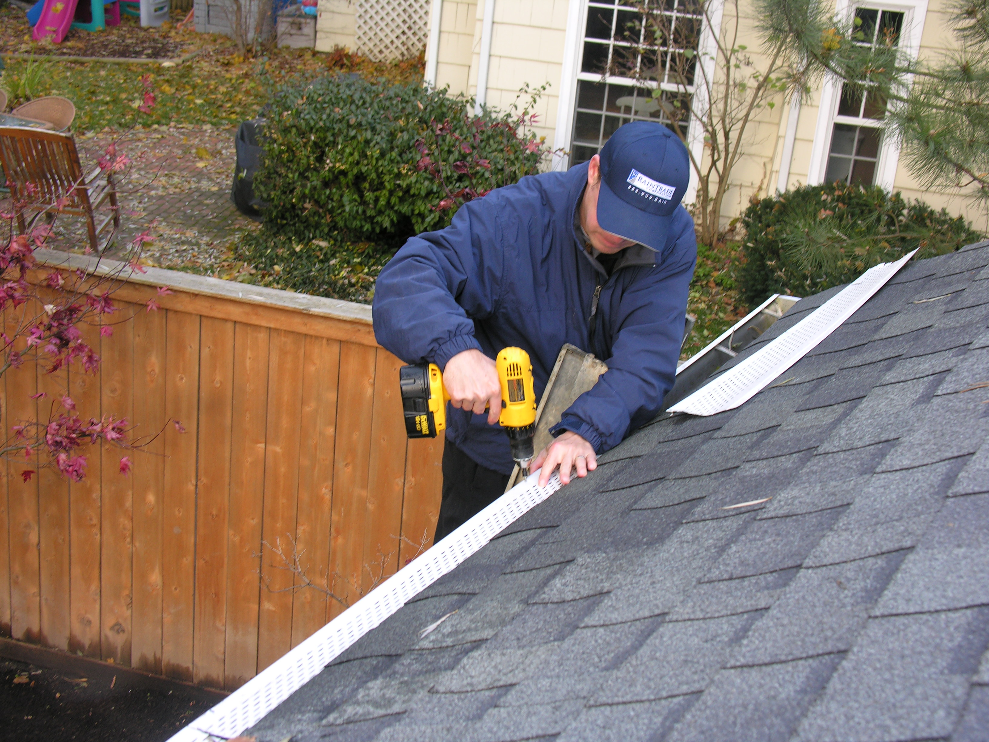 Fasting Leaf Out Gutter Guard, Gutter Covers, Gutter Screens